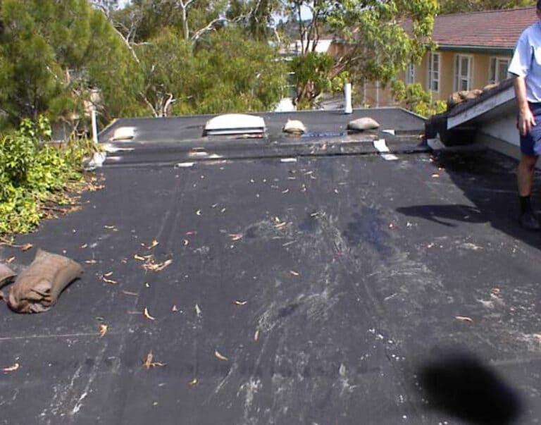Microsoft Word - Dept Comm Roof SALES - Internal Box Gutter: Slip Resistant - Polyurethane Protective Coatings - Rhino Linings Newcastle